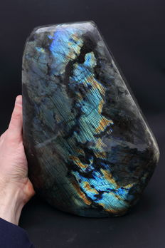Large, heavy piece of polished Labradorite - 27.7 x 20.2 x 11.7cm - 12,25 kg