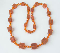 Vintage Baltic amber necklace of butterscotch, honey coloured amber, 103 gram