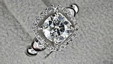 IGL 1.30 ct round diamond  ring made of 14 kt white gold