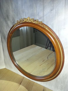 English round mirror with crown and musical angels - ca. 1960