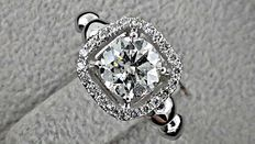 1.30 round diamond  ring made of 14 kt white gold - size 6