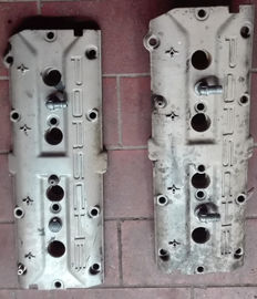 Lot of 2 Porsche 928 gts cylinder head cover and gasket 928.104.461.08
