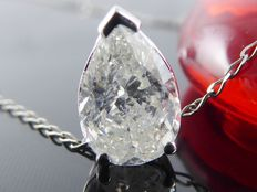 White gold pendant with pear cut diamond of 1.02 ct