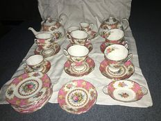 Royal Albert - servies type Lady Carlyle