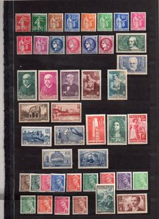 France 1938/1939 - Selection of 77 stamps including complete 1939 Year – Yvert no. 360 to 418 and 419/450
