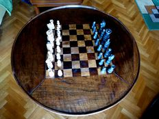 Old set chess table