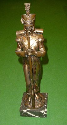 Gorgeous copper sculpture of an infantryman of Napoleon, marked Depose 407 - Italy - 2nd half 20th century.