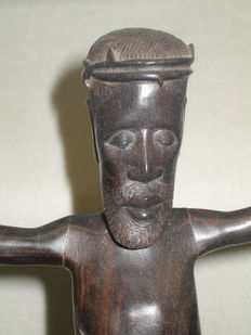 Cross statue ebony mid africa 20th century