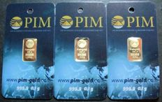 12 gold ingots 999.9 fine gold of 0.1 grams each by the PIM company in plastcard