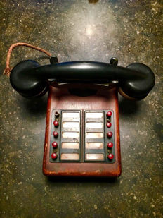 APAC - Antique Telephone