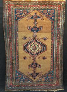 Hand-knotted Malayer rug, 1900