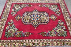 Magnificent Ghom Persian carpet of cork wool – very good condition – with certificate