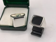 2 Pieces of large solid silver men's rings - not engraved, monogram ring and an onyx ring.