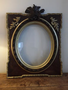 Oak hefty frame with bronze ornaments - Belgium - ca. 1900