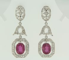 14 kt white gold earrings in art deco style with octagonal cut diamond and ruby ​​@