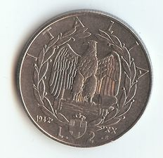 Kingdom of Italy – 2 Lire coin, 1942 – 'Empire' – Victor Emmanuel III – Silver.