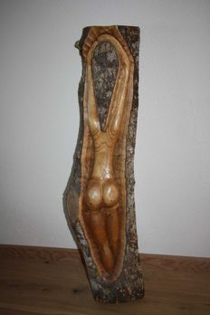 Sculpture; Naked young woman-late 20th century