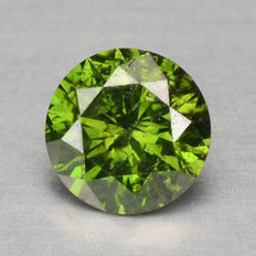 0.16 cts.  brilliant cut diamond Sparkling Green I1