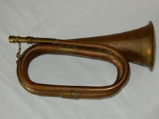 Hunting horn, signal horn, hunting horn. Hunting, hunting, hunters, hunting, chasse, jagd