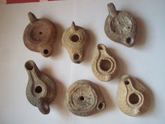 7 Oil lamps  - Roman and Byzantine period - 5/10 cm (7)