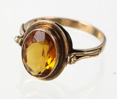 Bague en citrine en or 585.