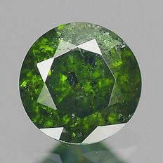 0.18 cts.  brilliant cut diamond Sparkling Green I1