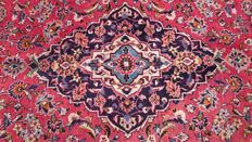 Beautiful & wonderful Persian Kashan hand knotted 200x306cm around 1980