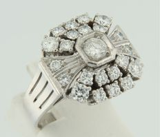 14k white gold ring set with brilliant cut diamonds 23 brilliant cut diamonds