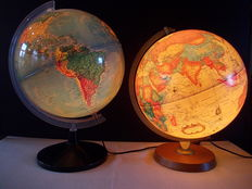 2 light globes - Scanglobe & Technodidattica