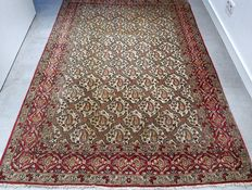 Breathtaking, semi-antique, Boteh Ghom, Persian carpet – 207 x 140 – collector's item – with certificate