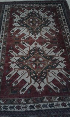 Hand-knotted Turkish rug, second half of the previous century. Please note: no reserve price!