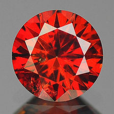 0.16 cts.  brilliant cut diamond Sparkling Red SI1
