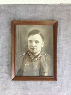 WW2 very large picture of a Wehrmacht soldier