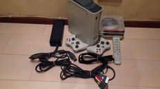 Microsoft xbox 360 60GB with 2 wireless controllers and 10 various games