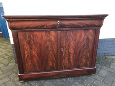 Louis Philippe mahogany chest of drawers - ca 1850