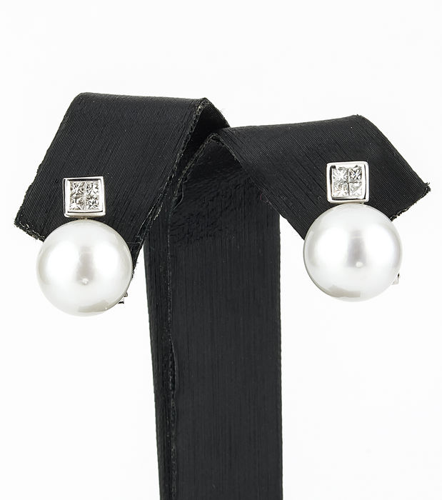 White gold earrings with princess cut diamonds and 10.85 mm South Sea Australian pearls