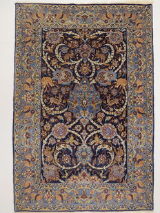 Dreamy and beautiful Persian carpet, Isfahan/Iran, 165 x 100 cm, semi antique, middle of the 20th century, in good condition, very fine weave