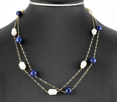 Yellow gold choker, with lapis lazuli and baroque cultured pearls.