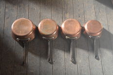 Professional quality tinned four piece copper set of pans, Oostende (Belgium) approximately 1960.