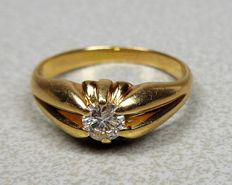 Gold men's little finger ring in 14 kt with a brilliant cut diamond, 0.35 ct