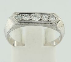 14k white gold ring set with 5 old Amsterdam cut diamonds