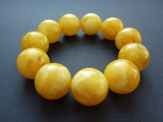 Baltic Amber bracelet, vintage egg yolk colour