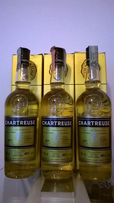 Chartreuse Jaune / Yellow Chartreuse, bottled in the late 1990s - 3 bottles