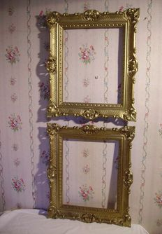 lot of 2 large golden frames modern/XVIII century style /Italie