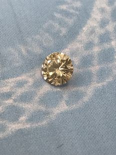 0.97 ct Round brilliant -cut diamond natural K/SI2