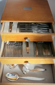 Silver plated cutlery case 6-person / 46-pieced, model Grace, Dick Simonis, Gero Zilvium, 1950