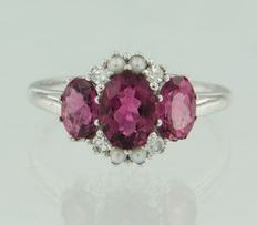 14 kt white gold ring with cultivated pearls, pink tourmaline and octagon cut diamonds