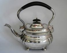 Large format tea pot with bow handle, England, Roberts & Dore Ltd, ca 1920