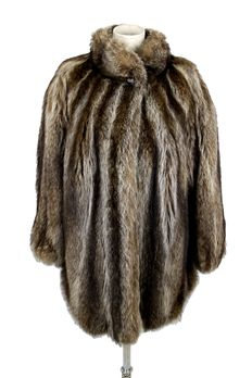 Silvery fox fur – women's vintage fur coat from the 1980s