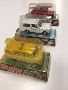 Dinky Toys - Scale 1/43-1/48 - Lot with  Range Rover Ambulance  No.268, Land Rover Fire Appliance No.282 and BedFord AA Van No.412